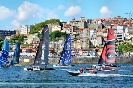 14962993-extreme-sailing-series-in-douro-river-near-the-city-of-porto